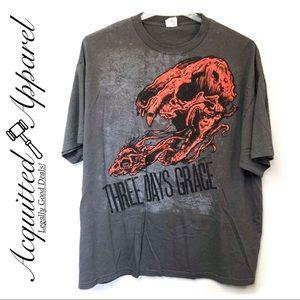 Three Days Grace Hot Topic Band Tee Skull Gray